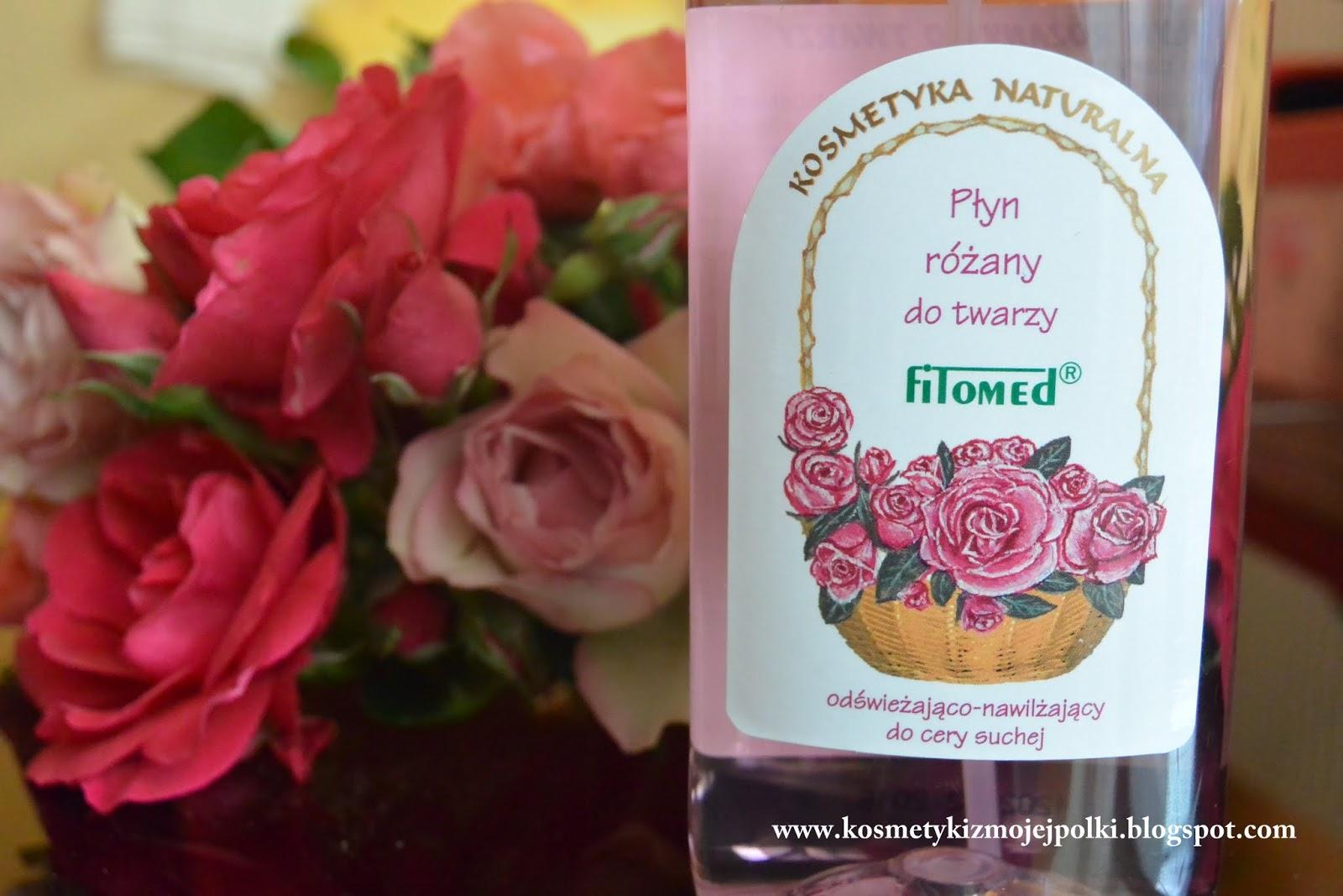 Dobroczynny wpływ kwiatów wykorzystany w kosmetyce na podstawie płynu różanego do twarzy marki FITOMED