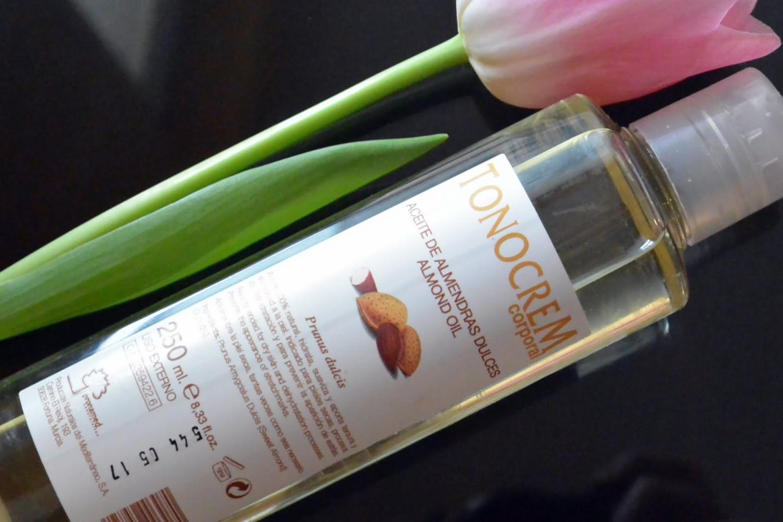 O tym jak olej migdałowy okazał się być doskonałym i niezastąpionym wszechstronnym kosmetykiem :)