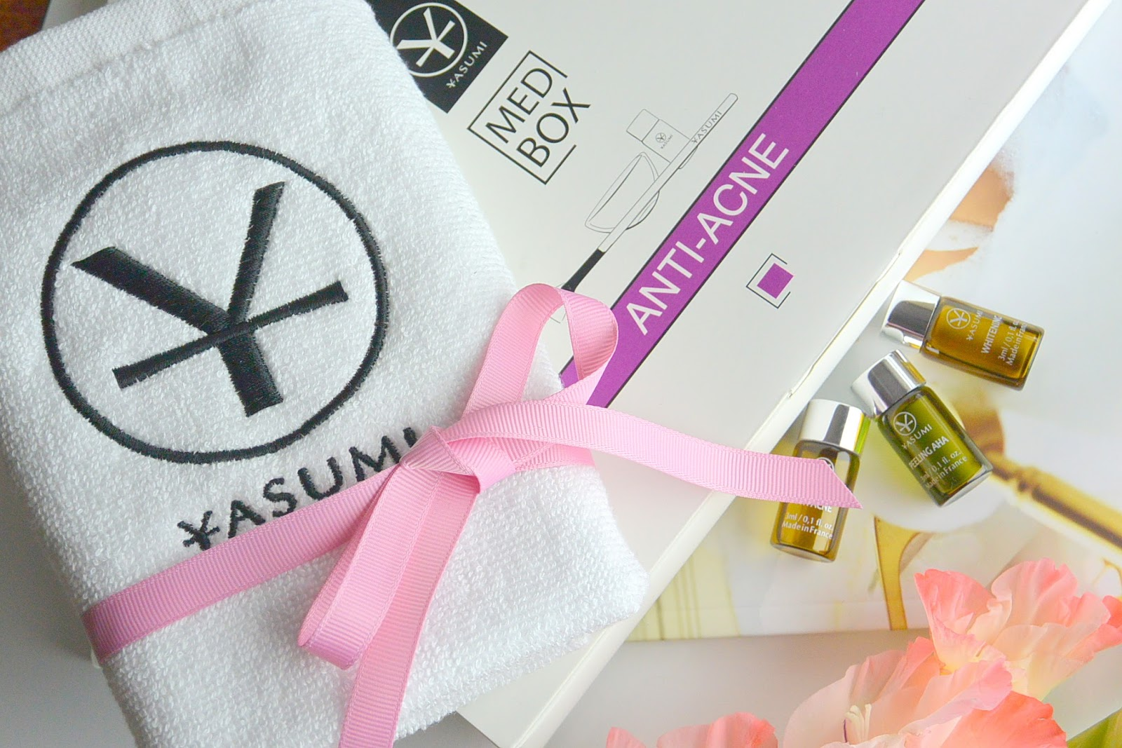 Pielęgnacja cery trądzikowej | Med Box Anti Acne Yasumi